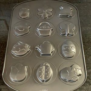 Wilton Easter/Spring Cookie mold